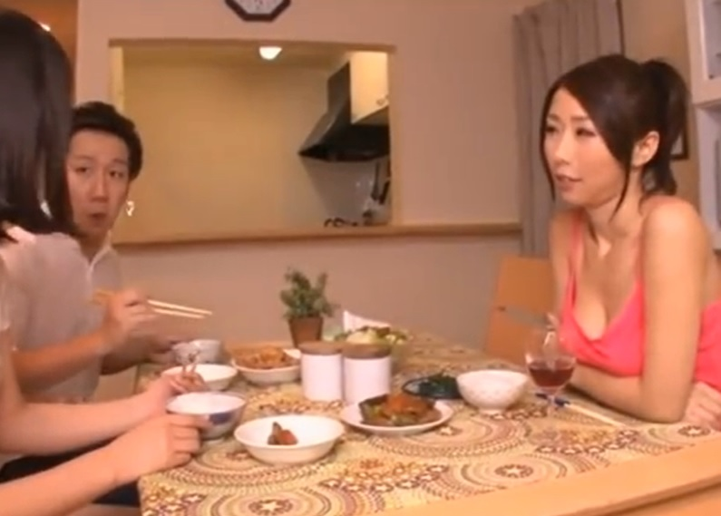 bimajo 9128 - <篠田あゆみ>「私...寂しすぎるの...」下半身の乾きを娘の彼氏で潤す人妻熟女が妖艶すぎる!